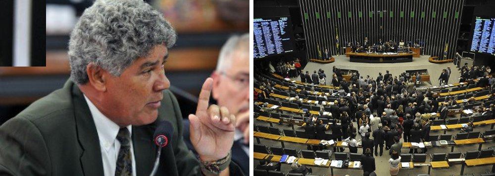 """Alencar ao 247: """"Domínio do PMDB apequena política"""""""