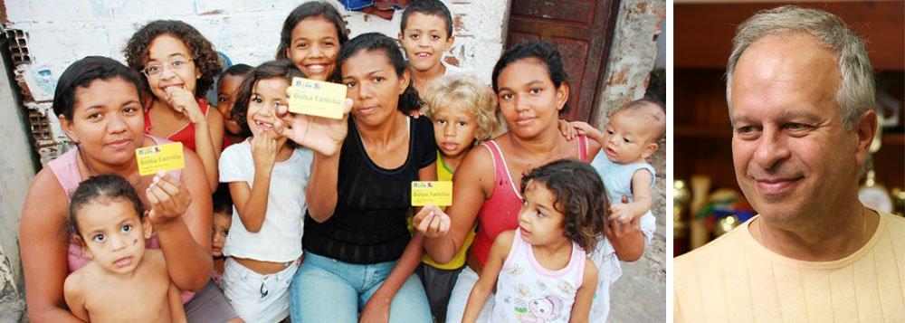 """""""Quem tem medo dos pobres?"""", pergunta Janine Ribeiro"""