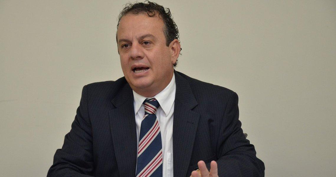 Governo quer acabar com lixões de Goiás até 2014
