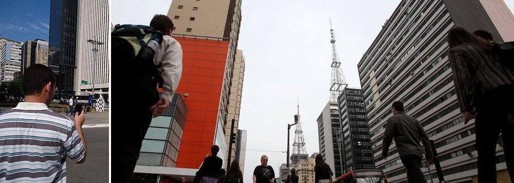 Av. Paulista inicia projeto de wi-fi grátis na capital