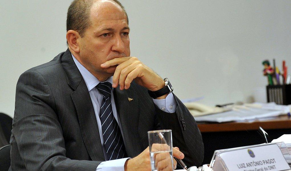 Oposição mira no PT em depoimento de Pagot à CPI