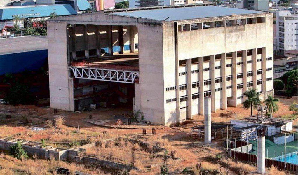 Centro de Excelência: obra deve ser retomada em abril