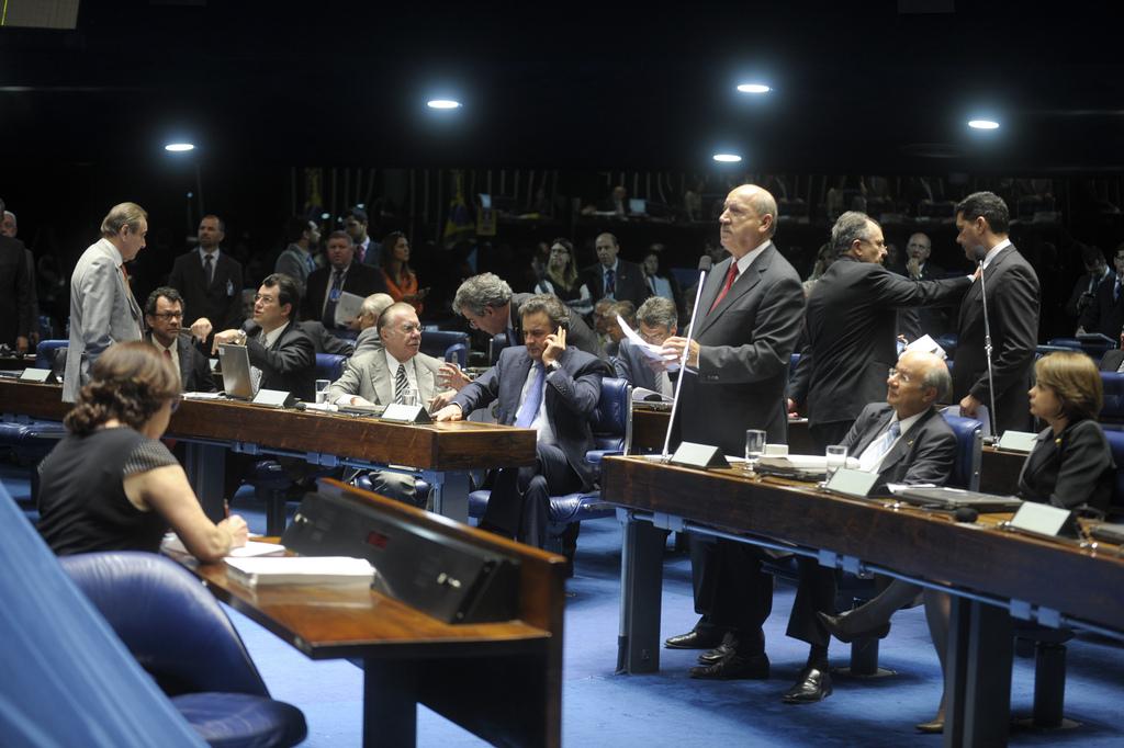Senado aprova punição a empresas por corrupção