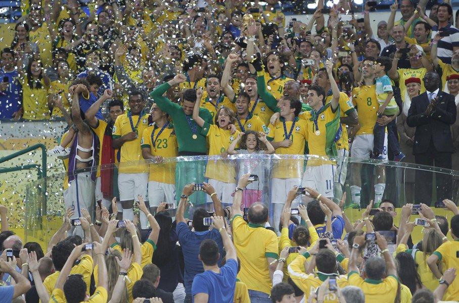 Após título, Brasil salta para 9º no ranking da Fifa