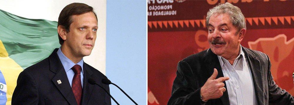 Singer: Nome de Lula 'está colocado' para 2014
