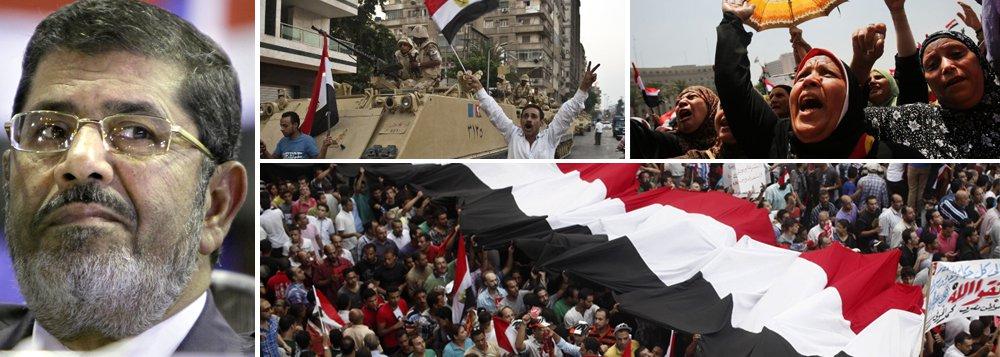 Movimento de massa e Exército derrubam Mursi no Egito