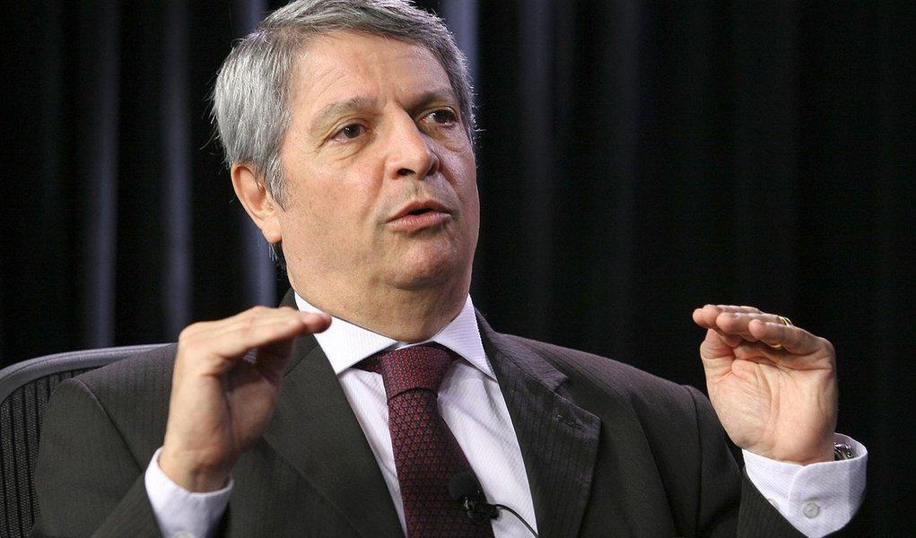 Brasil precisará de novos aeroportos nas capitais, diz ministro