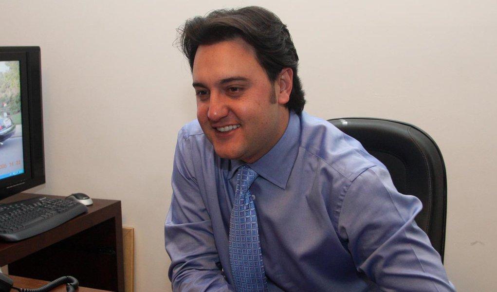 Ratinho Jr. lidera pesquisa de intenção de voto em Curitiba