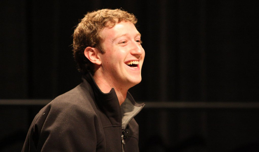 Facebook está liberado para comprar o Instagram
