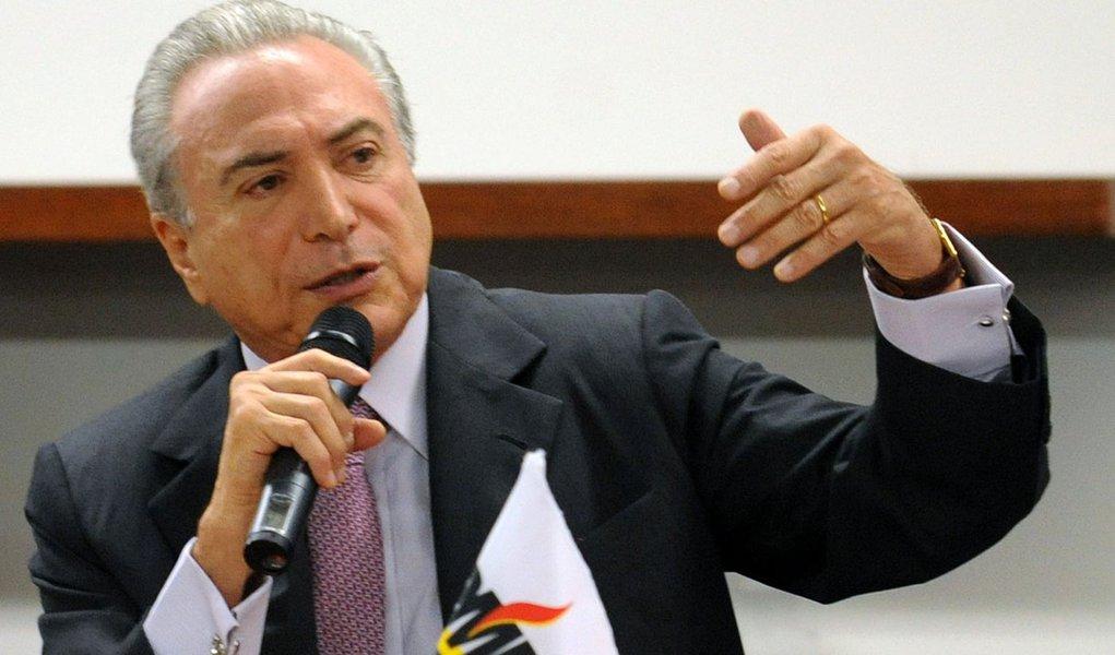 Temer diz que PMDB se mantém fiel ao governo