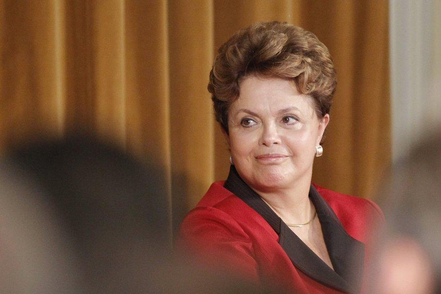 """Dilma fala sobre 2014: """"Meu mandato é de oito anos"""""""