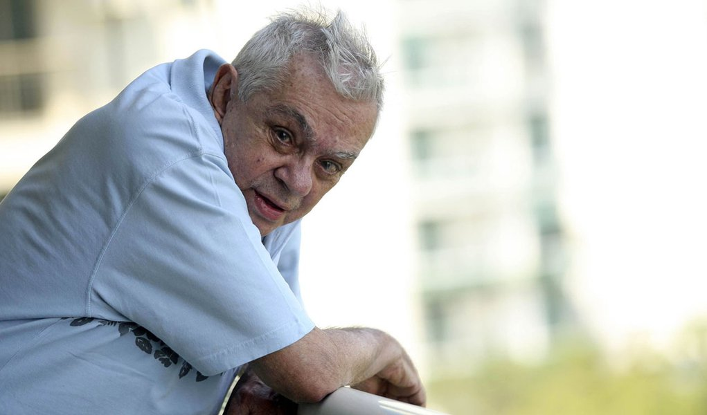 Hospital Samaritano informa melhora de Chico Anysio