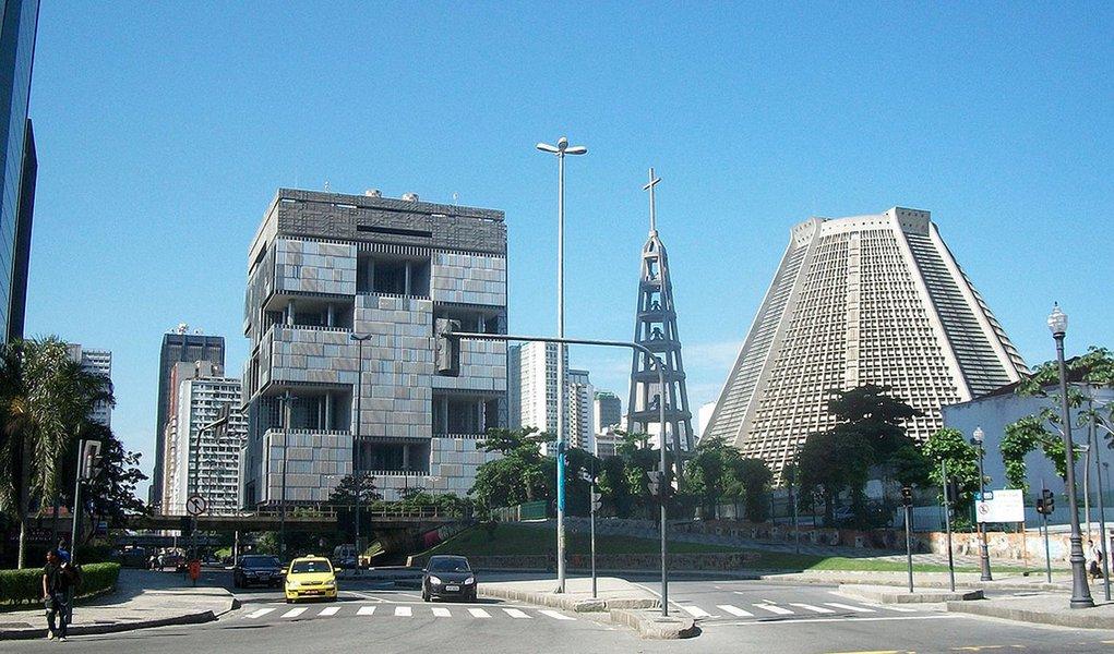 Endividamento põe nota da Petrobras em risco