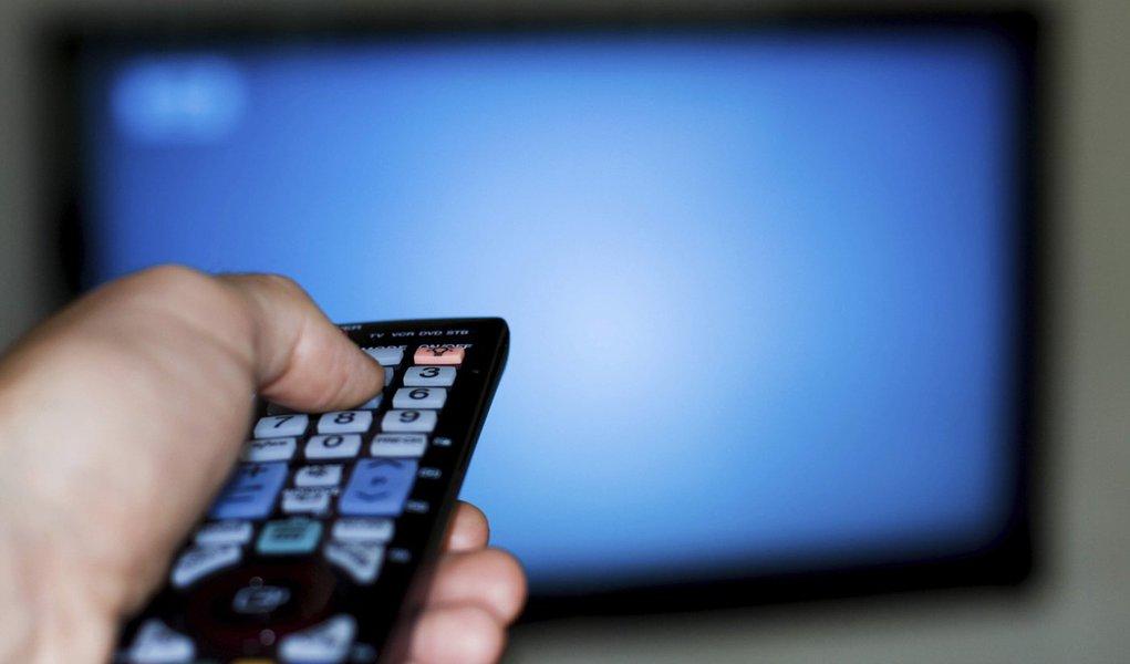 TV por assinatura chega a 49 milhões de brasileiros