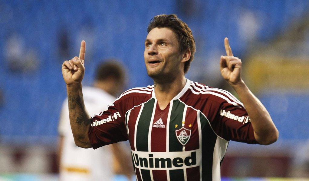 Botafogo sai na frente, mas leva goleada do Fluminense