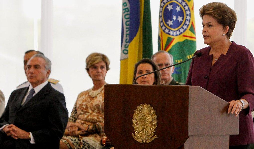 Pressionada por Dilma, Febraban faz retratação pública