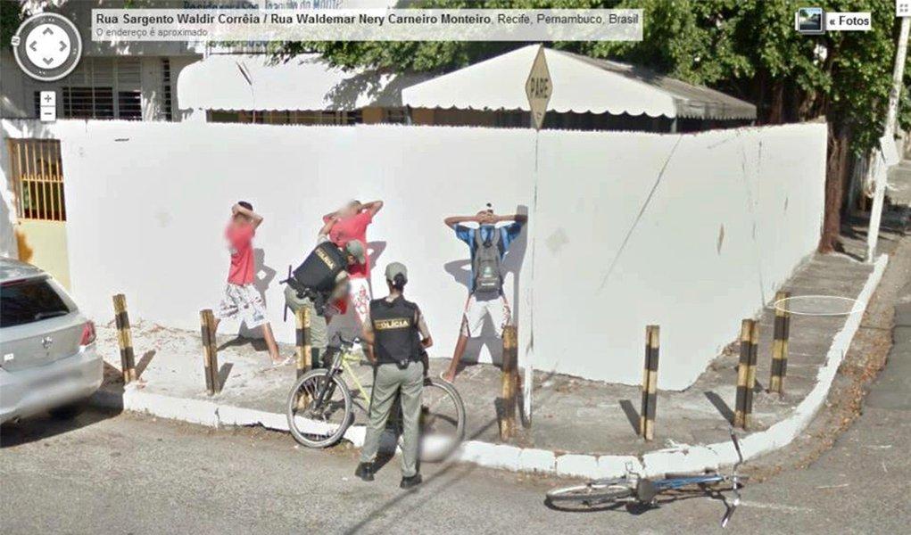 "Google Street View flagra ""baculejo"" no Recife"
