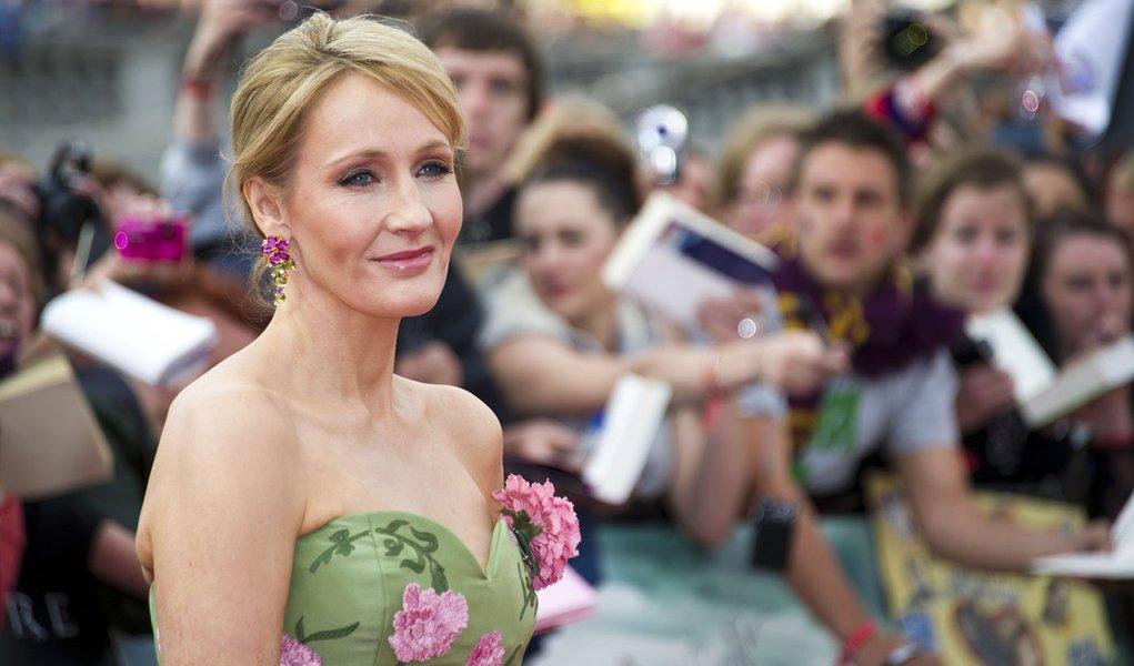 """J.K. Rowling: """"Escrever o romance me proporcionou o mesmo prazer de sempre"""""""