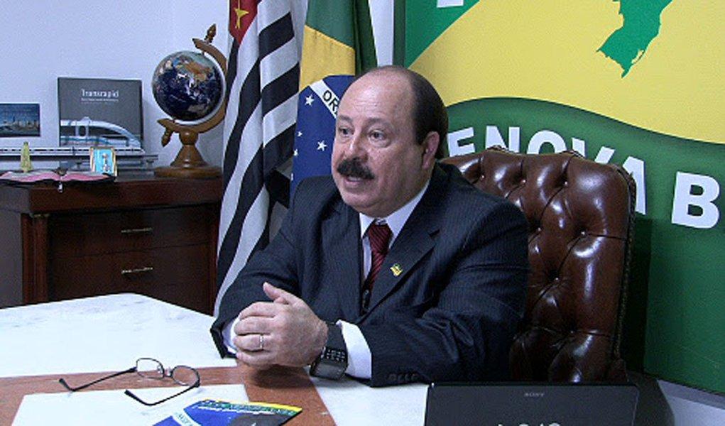 Levy Fidelix nega envolvimento com Carlinhos Cachoeira