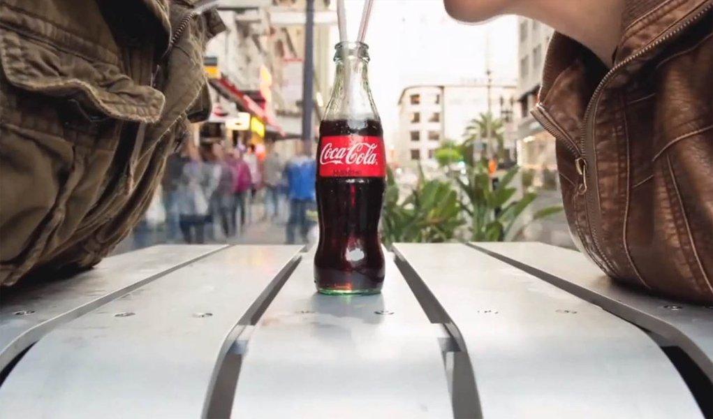 Coca-Cola lança campanha contra obesidade
