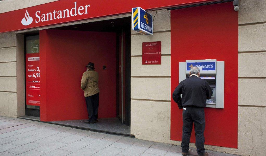 Santander e mais 15 são rebaixados na Espanha