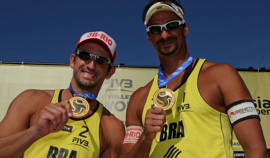 Ricardo e Pedro Cunha ficam com o ouro na Polônia