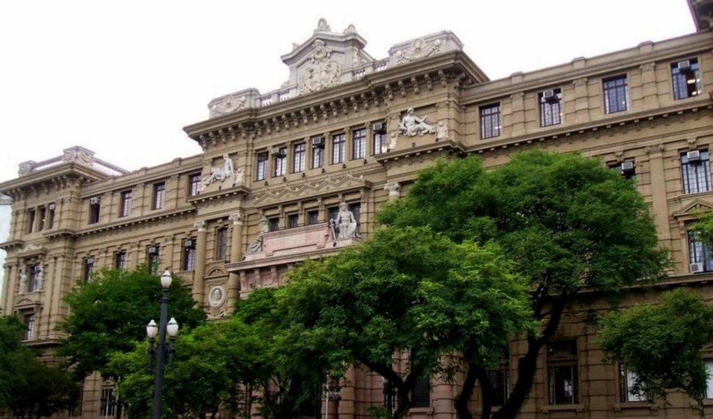 Juízes querem investigação geral  no TJ-SP