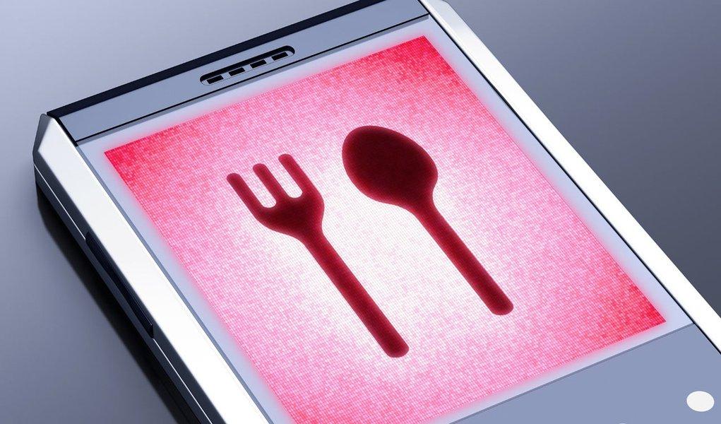 Sites e apps deixam conta do restaurante 30% mais barata