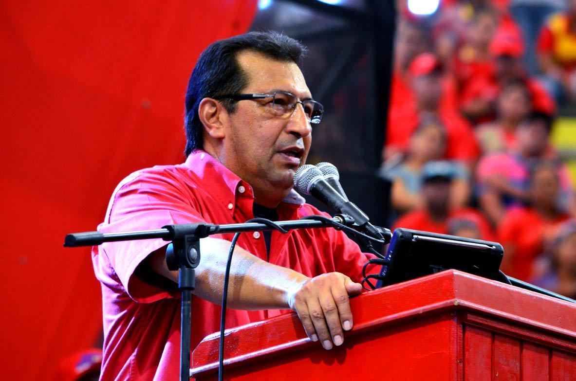 """""""Chávez não está em coma"""""""