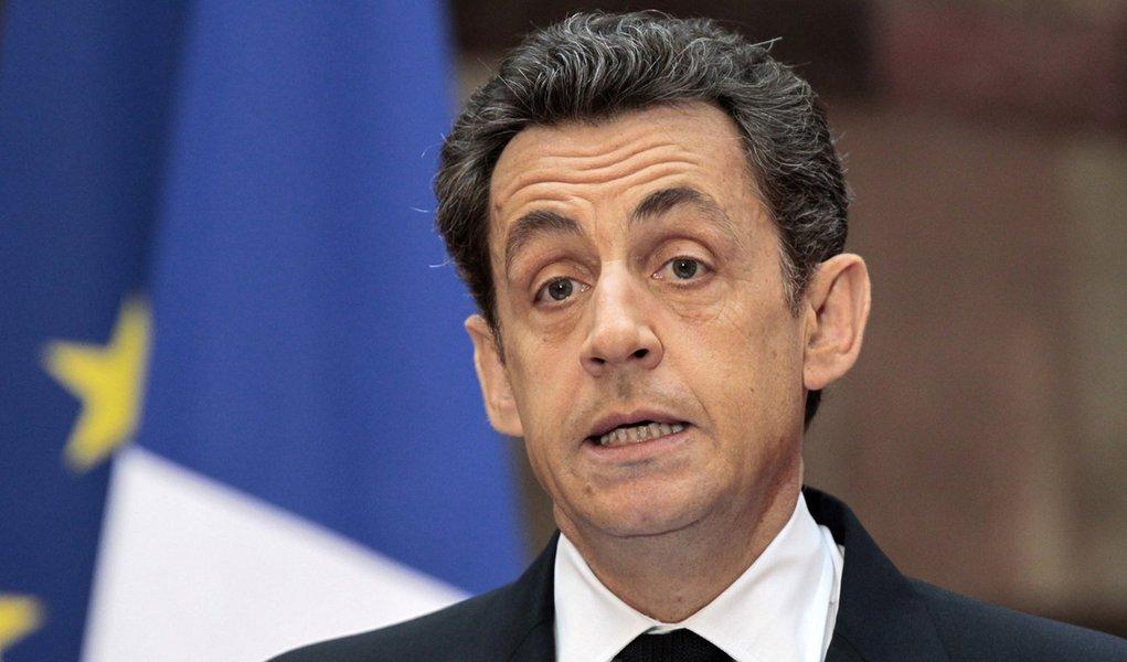 Sarkozy promete mais reformas após rebaixamento