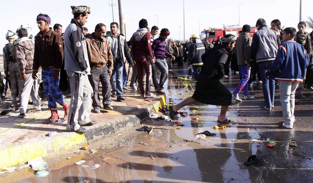 Ataque suicida mata ao menos 50 no Iraque