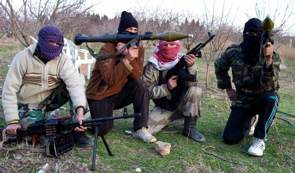 Liga Árabe adverte sobre guerra civil na Síria