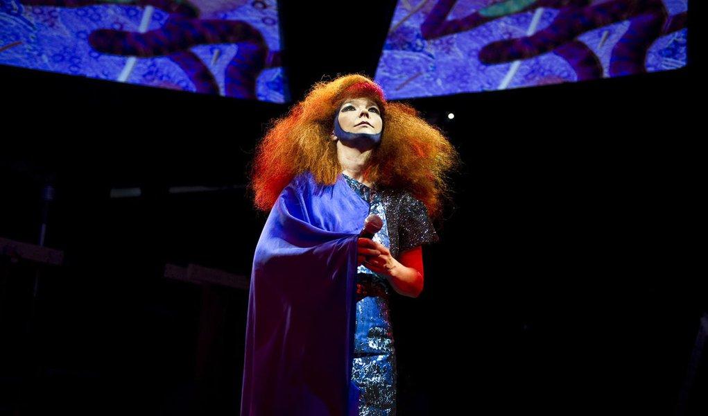 Björk cancela apresentação em São Paulo