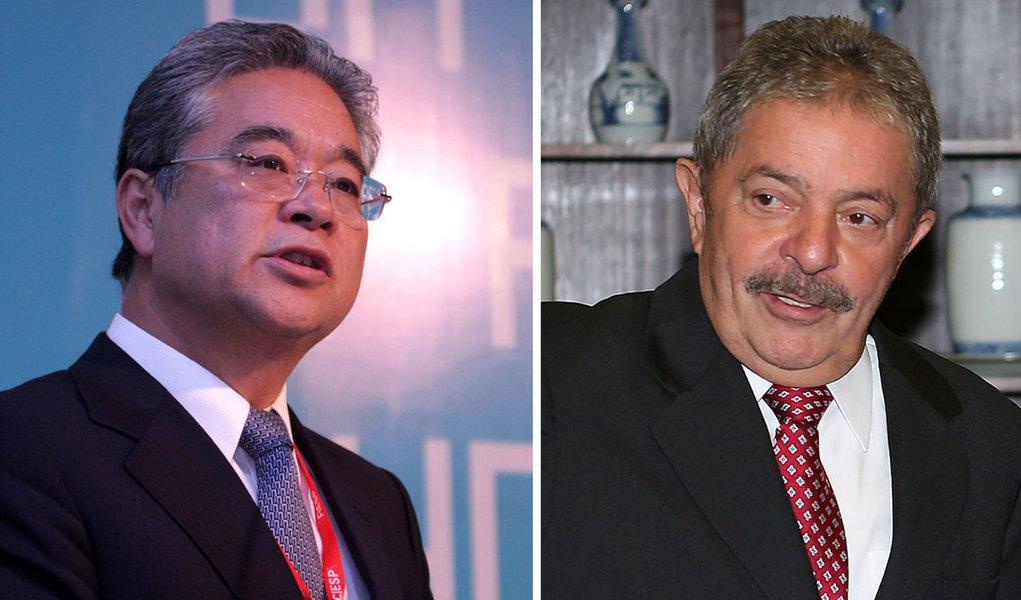 Okamotto lamenta matéria do Estadão e Lula não diz nada