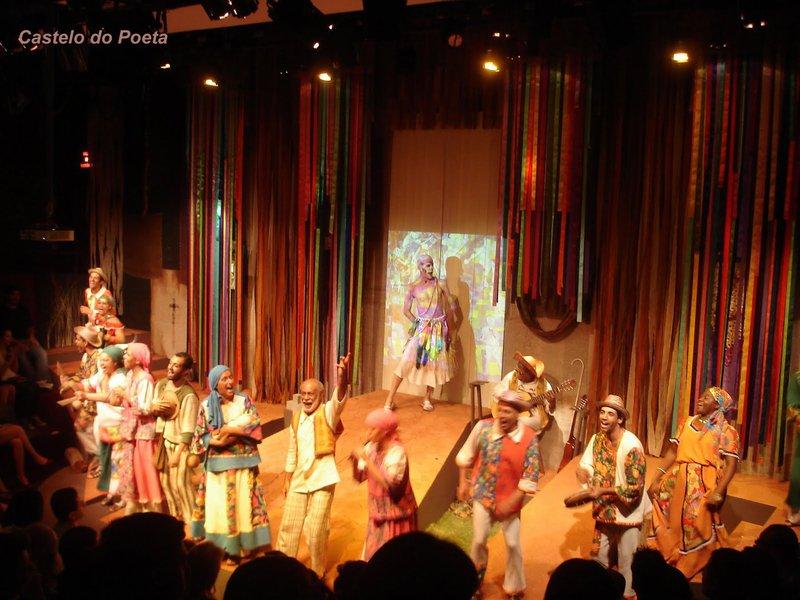 Mais de 2 mil apresentações na nova campanha de teatro em BH