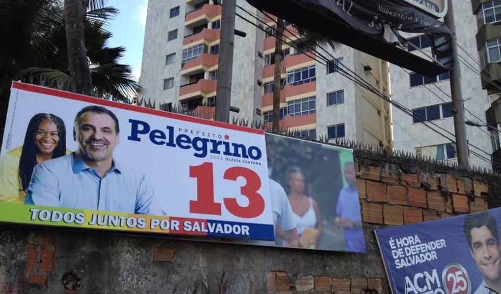 Propaganda eleitoral de rua causa atrito em Salvador