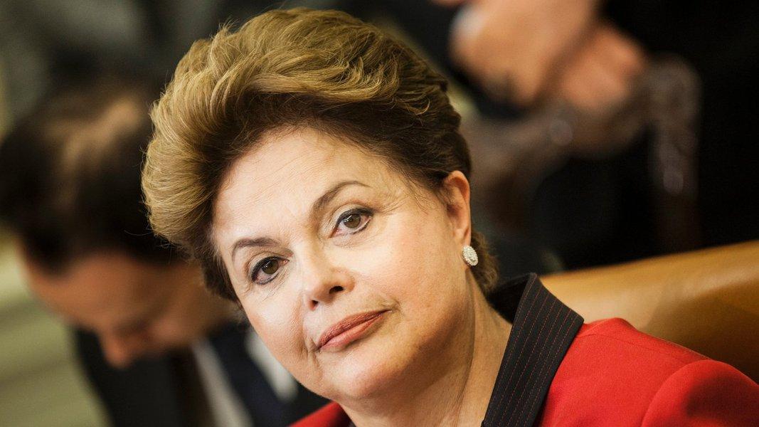 Dilma lamenta morte de Ottoni Fernandes Jr.
