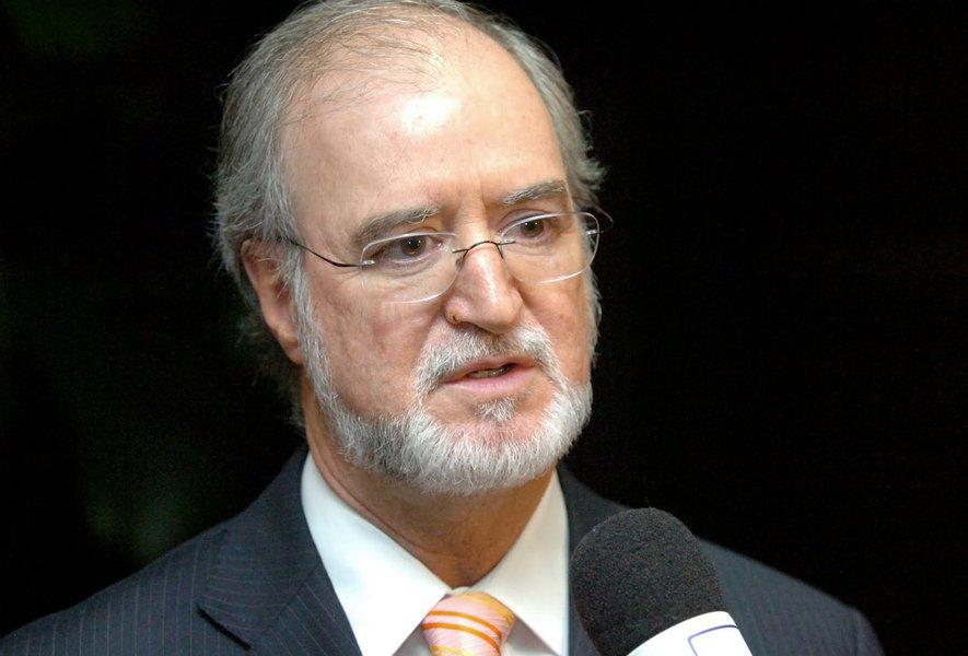 PSDB tem pressa em se livrar do caso Azeredo