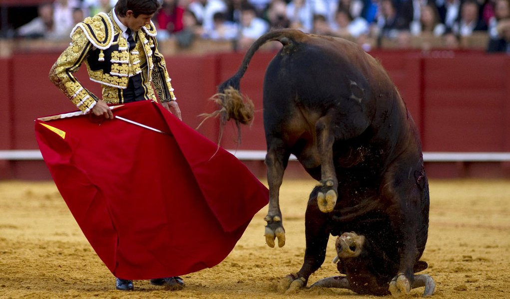 Recessão se agrava na Espanha e bancos devem separar créditos podres