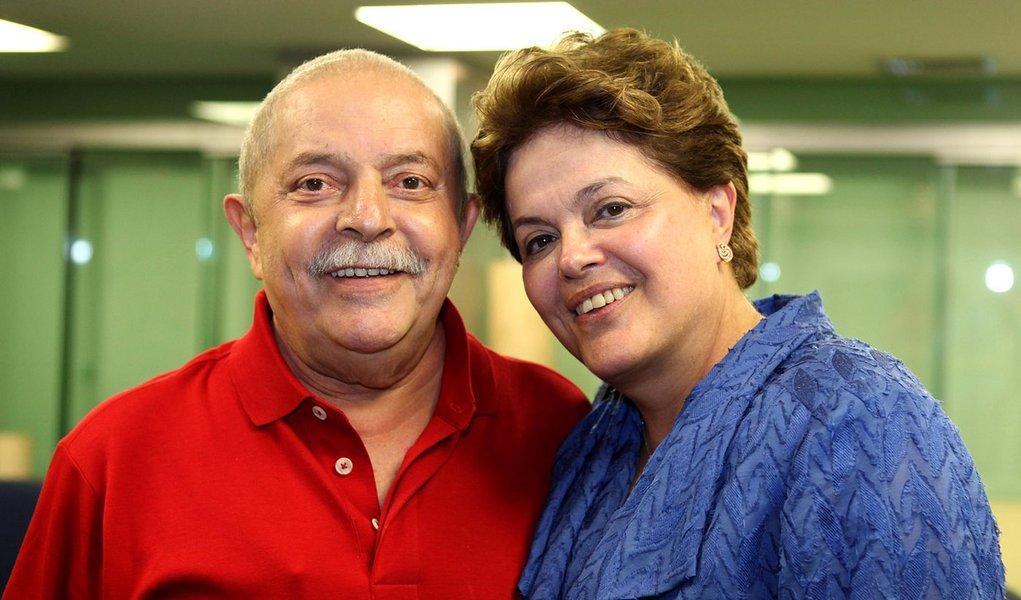 Eleitor adora Dilma, mas, hoje, quer Lula em 2014