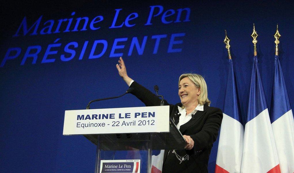 A radical de direita Marine Le Pen surpreende a França