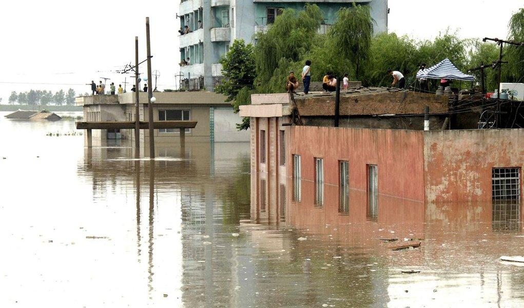 Enchentes na Coreia do Norte já mataram 169 pessoas