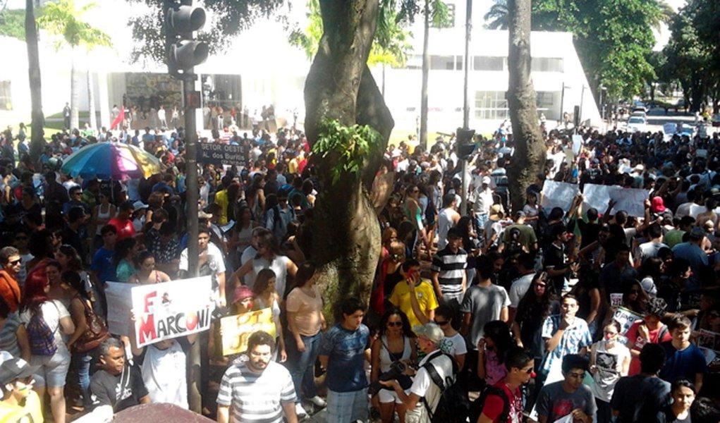 Marconi: protesto foi ato de 'minoria partidária'