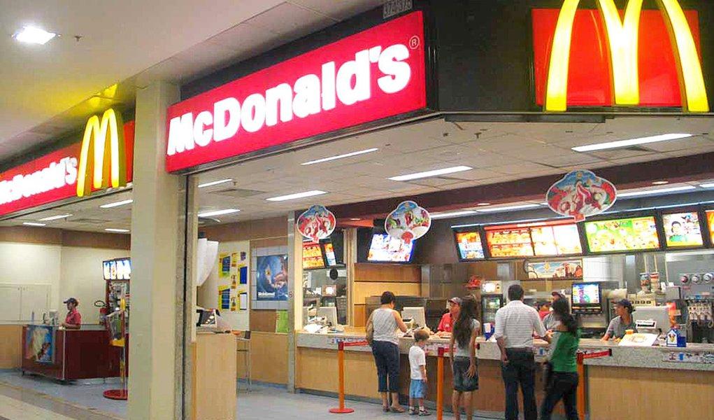 MP do Trabalho aciona McDonald's na Justiça em Pernambuco