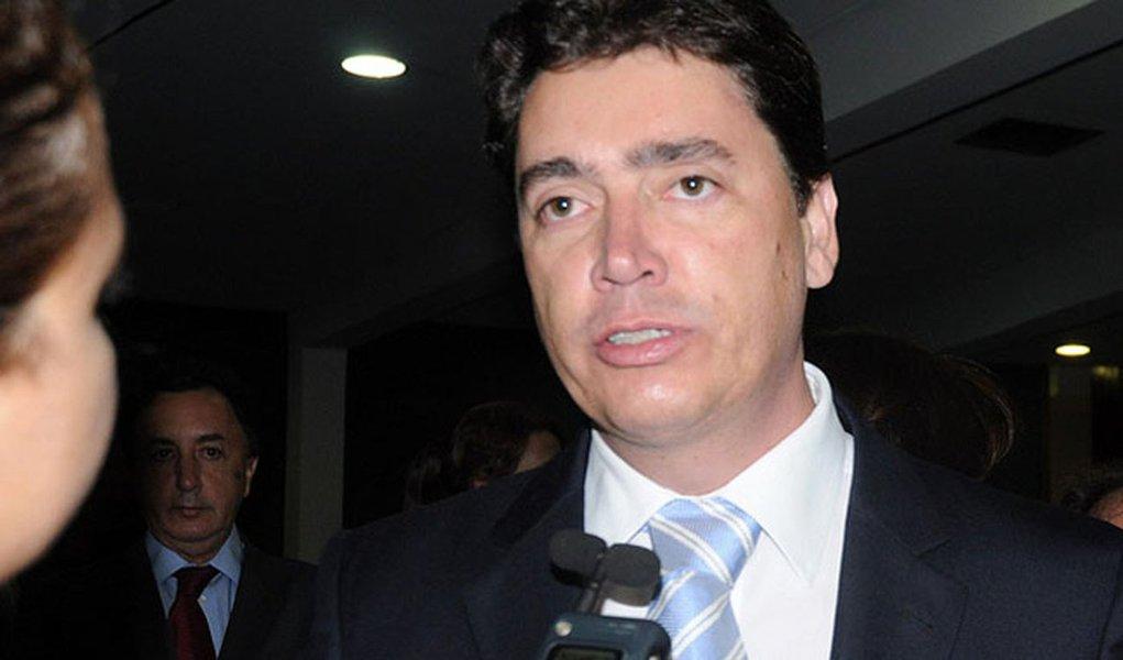 Mudança no governo Perillo tem início: Wilder pede pra sair