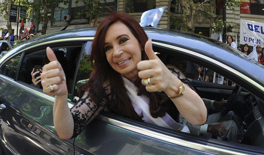 Cristina Kirchner recebe alta