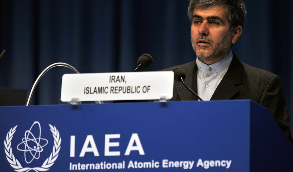 Irã oferece ajuda em tecnologia nuclear a africanos
