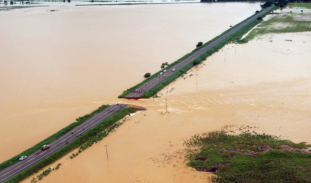 """""""Solucionar enchentes é questão de escolha"""""""