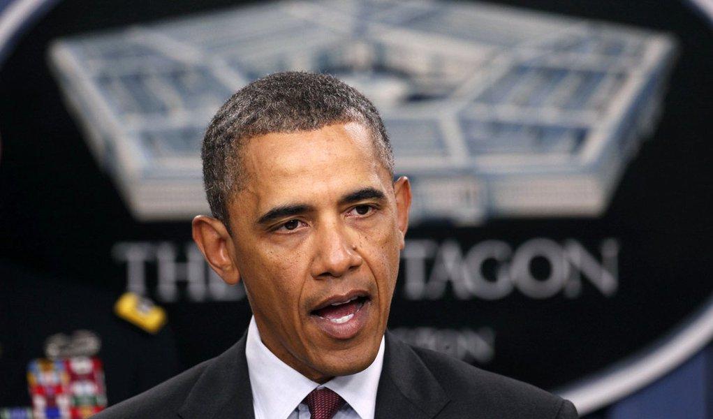 Barack Obama anuncia corte de gastos na defesa