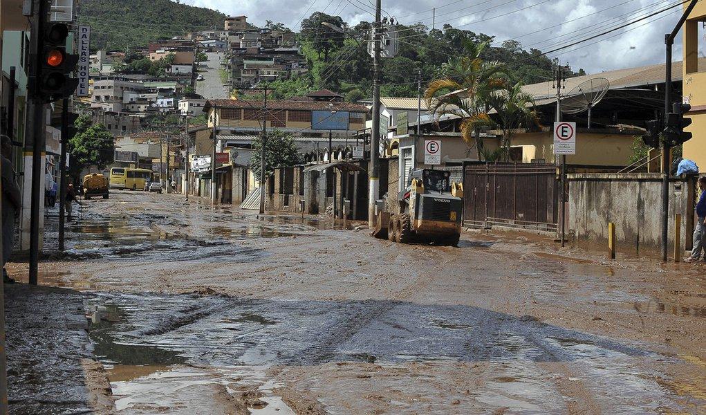 Governo libera R$ 482 milhões para combater desastres